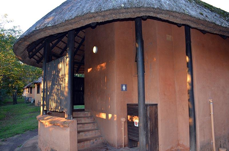 Zulu Safaris HLUHLUWE Budget Camp