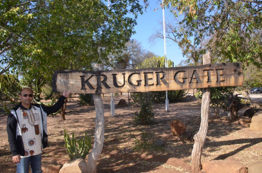 Kruger National Park is one of the largest game reserve in Africa and in South Africa . Zulu Safaris-Durban-South Africa